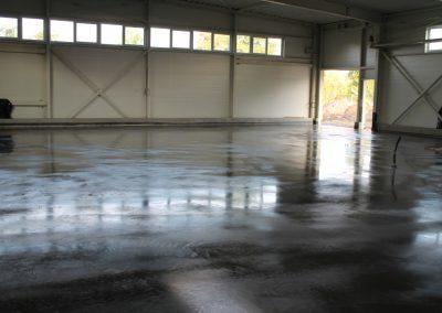 strojně hlazené podlahy